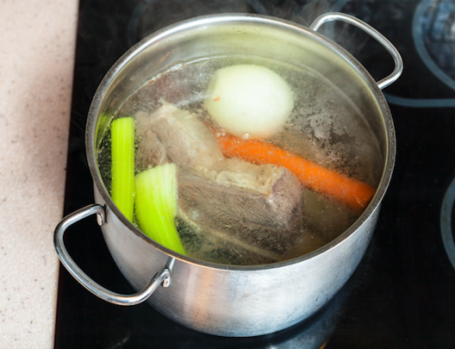 The Benefits of Bone Broth and How to Make it at Home