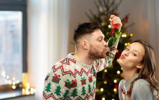 mistletoe holidays christmas chiropractic drkaster