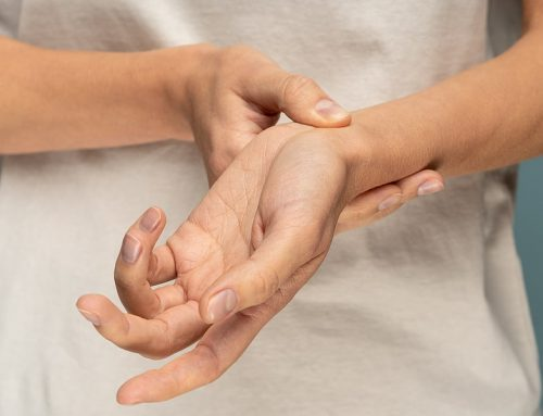 Chiropractic vs. Traditional Medical Care When It Comes to Treating Carpal Tunnel